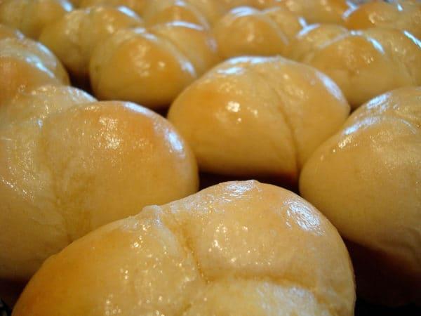 Buttermilk Cloverleaf Rolls