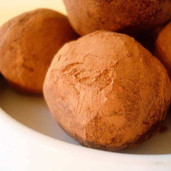 Chocolate Cream Cheese Truffles