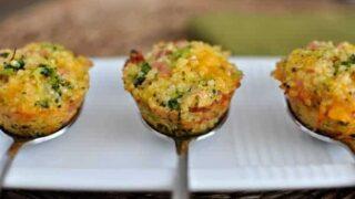 Cheesy Ham and Broccoli Quinoa Bites