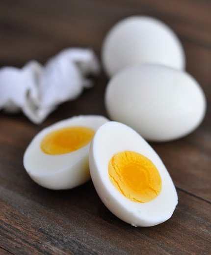 ... {perfect} hard-boiled egg method HERE . Works for fresh eggs, too