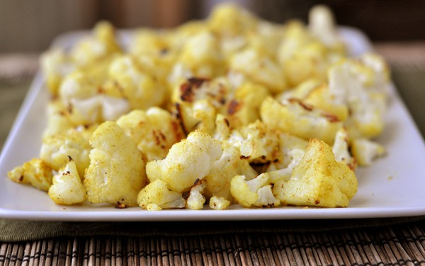 "Curried Cauliflower ""Popcorn"""