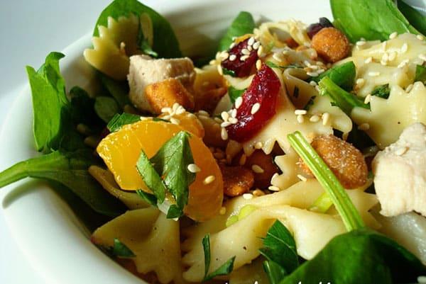 Spinach Chicken & Pasta Salad with Teriyaki Vinaigrette