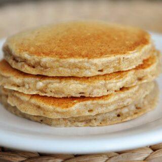 Overnight Oatmeal Cinnamon Pancakes
