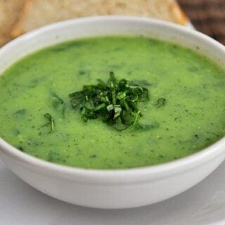 No-Cream Creamy Basil Spinach Soup