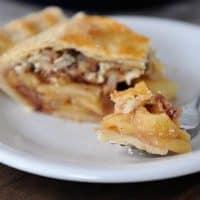 Toffee Crumble Apple Pie