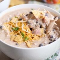 Instant Pot {or Slow Cooker} White Chicken Black Bean Chili