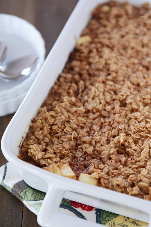 Apple and Cinnamon Baked Oatmeal
