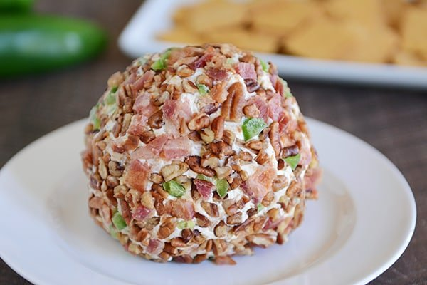 Bacon Jalapeno Popper Cheeseball