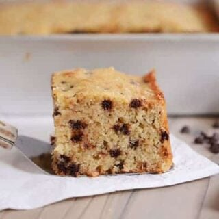 This banana chocolate chip cake (perfect for snacking!) takes just minutes to whip up and is fluffy and tender - with a delicious hint of hearty whole grains.