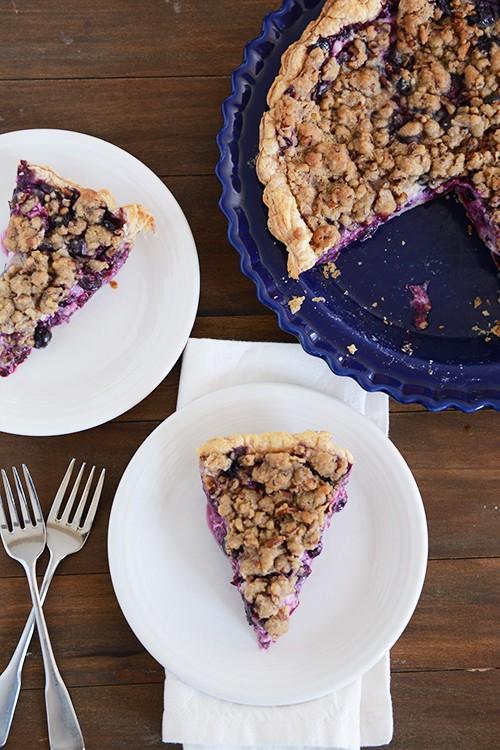 Blueberry Custard Crunch Pie