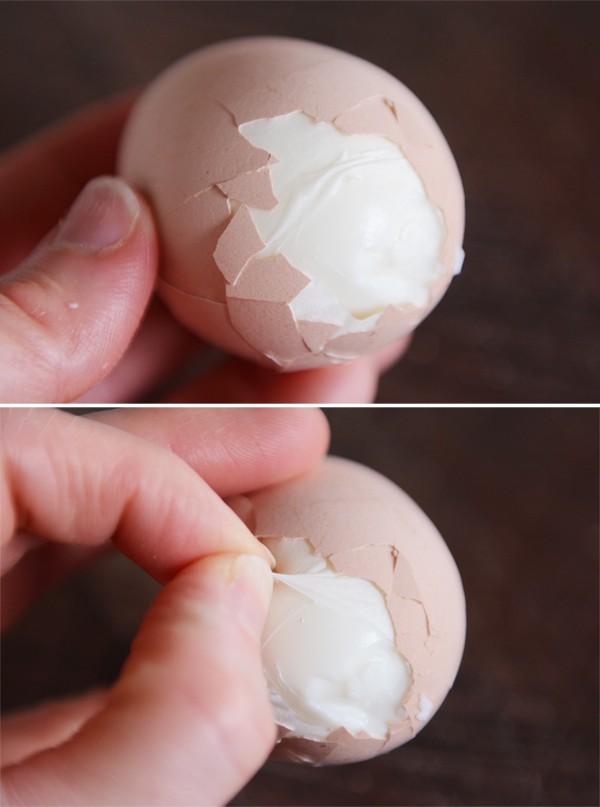 Perfect Easy-Peel Hard-Boiled Eggs