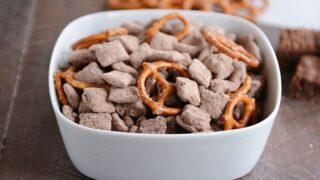 Brownie Batter Puppy Chow {or Muddy Buddies}