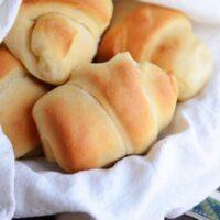 Make-Ahead Buttermilk Dinner Rolls