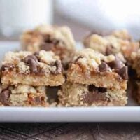 Chocolate Chip Caramel Cookie Bars