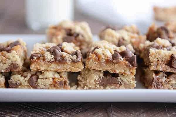 Chocolate Chip Caramel Cookie Bars
