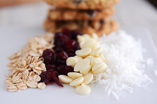 craisin white choc cookies2