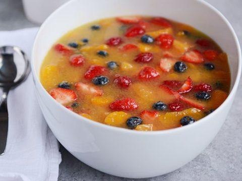 Fruit Salad With Milk Recipe In Hindi