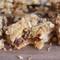 Caramel Oat Chocolate Chunk Shortbread Bars