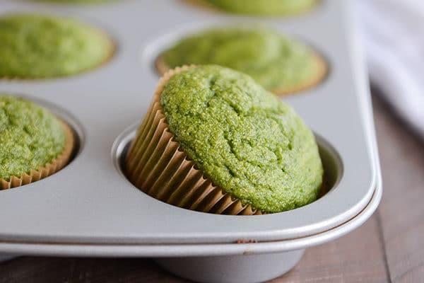 Healthy Green Spinach Power Hulk/Popeye Muffins