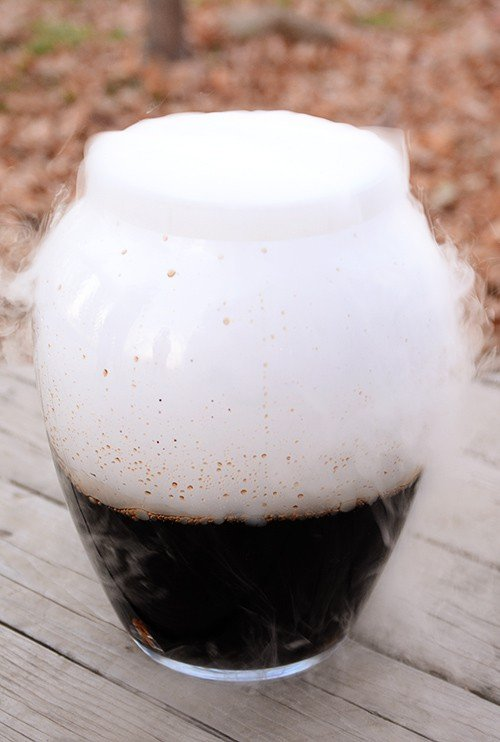 15-Minute Homemade Root Beer
