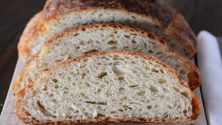 Crusty Artisan No-Knead Bread