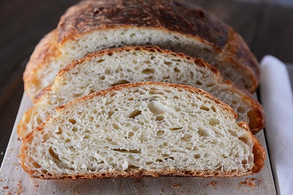 Simple No-Knead Artisan Bread