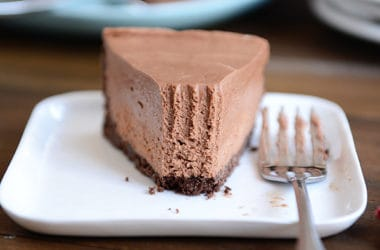 No Bake Creamy Chocolate Cheesecake