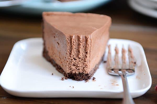 No Bake Creamy Chocolate Cheesecake