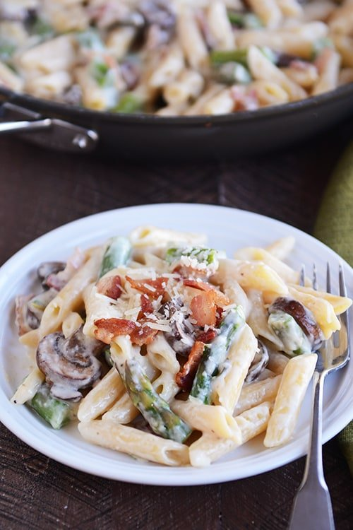 One Pot Asparagus Bacon Pasta