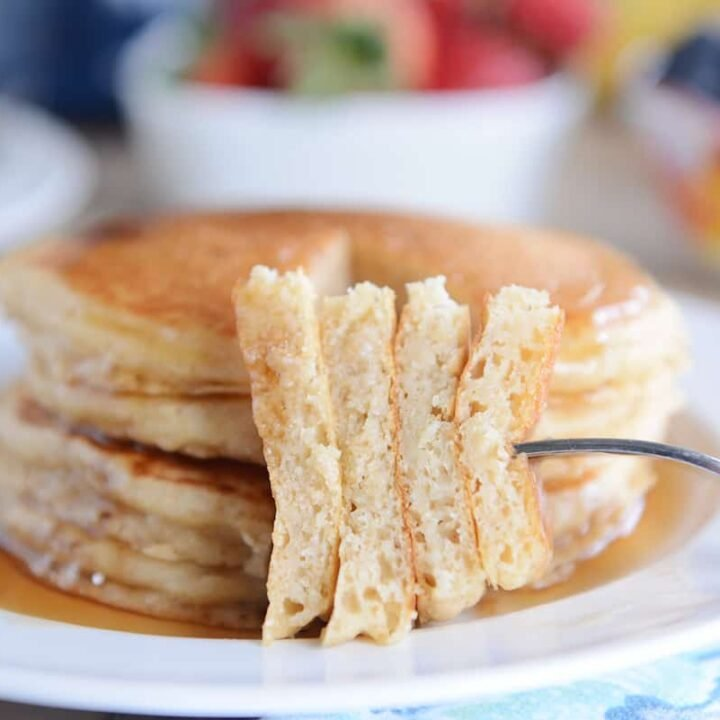 Fluffy Overnight Buttermilk Pancakes