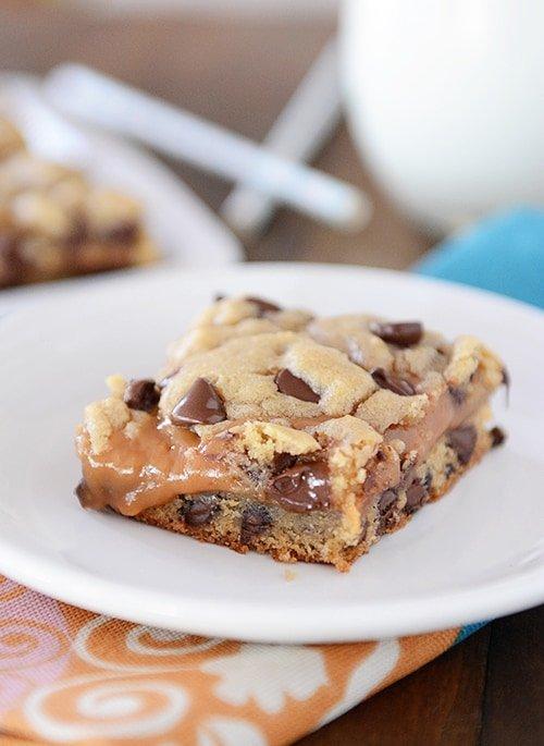 Peanut Butter Caramel Chocolate Chip Cookie Bars | Mel's Kitchen Cafe