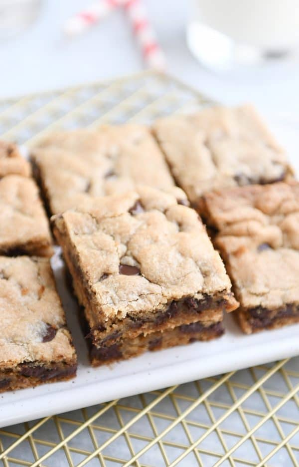 White tray of peanut butter chocolate chip bars.