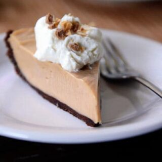 Creamy Peanut Butter Pie with Chocolate Cookie Crust