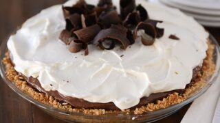 Chocolate Pudding Pretzel Pie