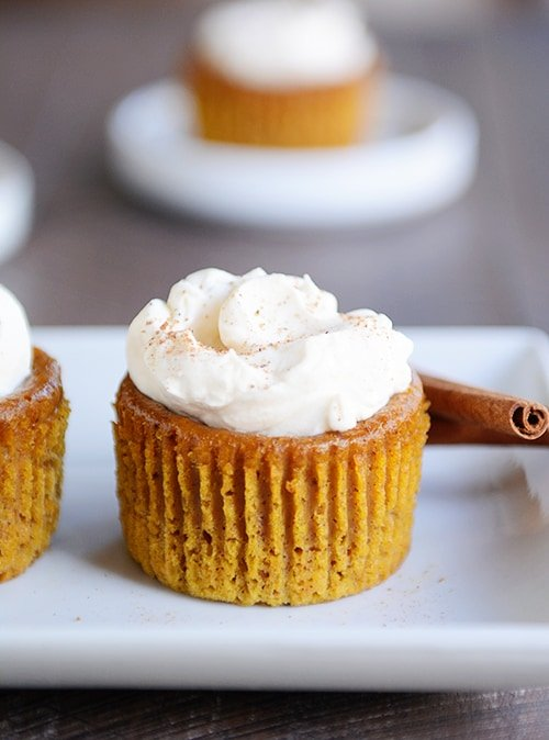 Crustless Pumpkin Pie Cupcakes