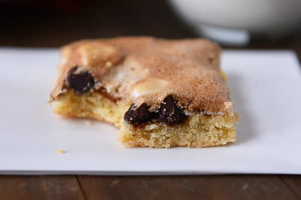 Chocolate Chip Cookie Meringue Bars