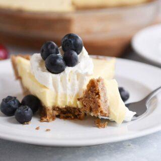Berries and Cream Pie with Pecan-Graham Cracker Crust