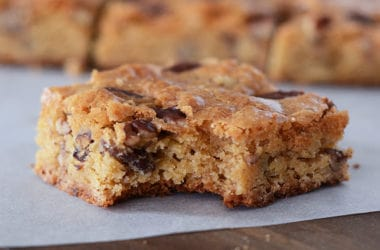 White Chocolate Pecan Brownies